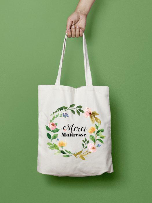 tote bag personnalisé maîtresse - cadeau maîtresse - cadeau personnalisé maitresse - cadeau institutrice - tote bag institutrice - tote bag merci maîtresse - tote bag super maîtresse - sac personnalisé institutrice - La Papeterie de Paris